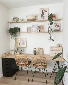 Do you have to work from home? What you should do is simple if your home is not suitable for a separate workroom. You can work from home by evaluating the appro Home Office Space, Home Office Design, Home Office Decor, House Design, Office Ideas, Office Decorations, Office Set, Office Workspace, My New Room