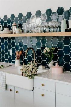 Pretty Teal Tile In The Kitchen # hübsche aquamarine fliese in der küche Pretty Teal Tile In The Kitchen # Küchen Design, Home Design, Home Interior Design, Design Ideas, Interior Plants, Blog Design, Design Concepts, Room Interior, Interior Ideas