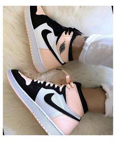 Cute Nike Shoes, Cute Nikes, Cute Sneakers, Nike Air Shoes, Shoes Sneakers, Sneakers Nike Jordan, Jordan Shoes Girls, Jordans Girls, Girls Shoes