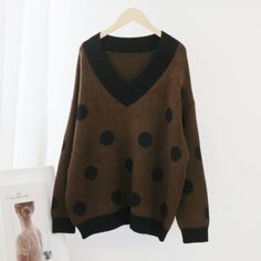 Batwing Long Sleeve Casual Pullover Top Knitwear Sweater10 #chicfashion #chicloveres #chicoutfits #chicstyle Stylish Winter Outfits, Chic Outfits, Fashion Outfits, Casual Chic Style, Look Chic, Batwing Sleeve, Long Sleeve, Brown Fashion, Fashion Colours