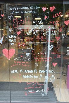 Saint Valentine, Happy Valentines Day, Flower Shop Decor, Bookstore Design, Romantic Surprise, Mobile Boutique, Window Art, Kids Store, Valentine's Day Diy