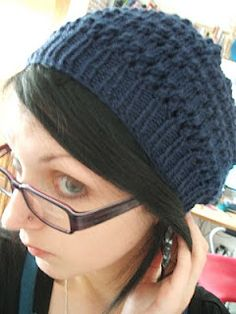 Knitting pattern for a super cute beret | Penelope Teapot