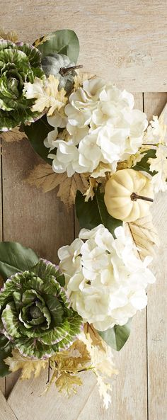 Faux Cabbage & Hydrangea Wreath | Farmhouse Decorating | Fall Decor