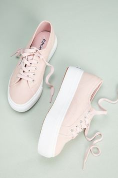 Superga Platform Sneakers Related posts: Superga Rainbow Platform Sneakers (Pre)Skoolin' U Platform Qozmo Sneakers Buffalo London classic low top platform chunky sneakers in cream Y. Qozmo Hi Pastel Platform Sneakers Sneakers Mode, Sneakers Fashion, Fashion Shoes, Shoes Sneakers, Women's Shoes, Platform Sneakers Outfit, Superga Sneakers, Summer Sneakers, Cute Sneakers