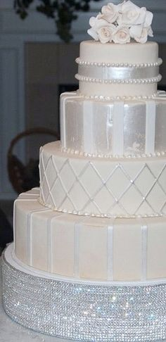 Cakes are not just made to be frosted! Glitz and Glamour takes center stage this wedding season and bling is all the RAGE! If you can dream it, we can do it! #Torrancebakery #weddingwednesday