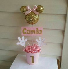 Pink and gold Minnie Mouse glitter/sparkly head centerpiece party decoration topiary Pink und Gold M Minie Mouse Party, Minnie Mouse Rosa, Minnie Mouse Party Decorations, Minnie Mouse Theme Party, Minnie Mouse 1st Birthday, Minnie Mouse Baby Shower, Pink Minnie, Mickey Party, 1st Birthday Girls