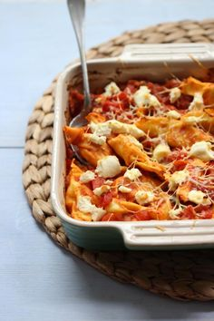 Pasta-ovenschotel met ricotta en prei Pureed Food Recipes, Veggie Recipes, Pasta Recipes, Vegetarian Recipes, Dinner Recipes, Cooking Recipes, Healthy Recipes, Healthy Food, Cooking For Dummies