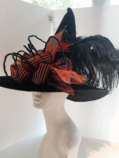 Witch hat halloween hat wicked witch halloween by doramarra Halloween Witch Hat, Halloween Headband, Fall Halloween, Scary Halloween, Halloween Ideas, Happy Halloween, Witch Costumes, Halloween Costumes, Holloween Ideas For Kids