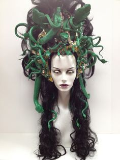 Character Wigs - Outfitters Wig I'm going to be Medusa next Halloween. Medusa Wig, Medusa Headpiece, Headdress, Medusa Makeup, Medusa Snake, Medusa Halloween, Halloween Cosplay, Halloween Make Up, Halloween Costumes