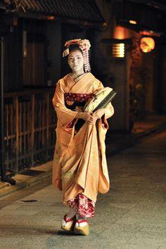 Maiko, Miyagawacho, Kyoto