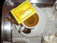 buono il caffè allo storico Caffe Tommaseo - Trieste, Italia