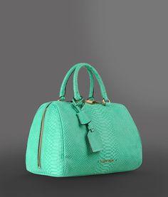 6269cb60ab3a 238 Best Bag Lady images