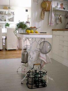Singer varrógép újrahasznosítása konyhában
