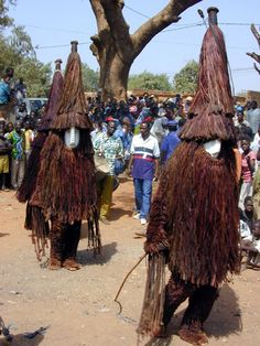Burkina Faso; Mossi peoples. Eastern (Boulsa) style red mask. Photo by Christopher D. Roy.