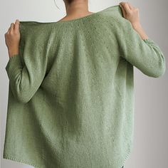 If you purchase 4 or more patterns from my Ravelry Shop at the same time (add them all to your cart before you check out), you automatically receive a 20% discount. Knitted Poncho, Crochet Cardigan, Fine Sand, Sport Weight Yarn, Lace Knitting, Knit Patterns, Ravelry, Pullover, Knit Sweaters
