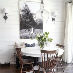 The Best Minimalist Dining Room Decor Ideas - In the event that you've just barely moved into another home and you're an individual who has faith in moderation, at that point this article is for y. Dining Room Wall Art, Dining Nook, Dining Room Design, Dining Tables, Kitchen Designs, Kitchen Ideas, Table Bench, Kitchen Tables, Bench Seat