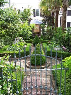 Beautiful gardens surrounding a downtown home in Charleston
