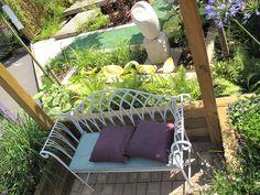 Bench Within The Jacksons Mediterranean Memories Show Garden Garden