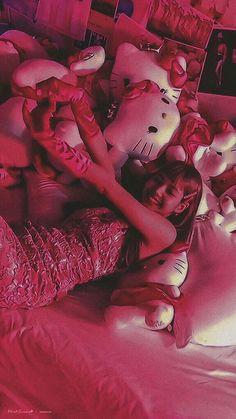 J Pop, Lisa Bp, Jennie Blackpink, Yg Entertainment, Kpop Girl Groups, Kpop Girls, Mbti Type, Lisa Blackpink Wallpaper, Fandom