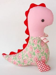 dinosaur stuffed animal... so cute! I want to make one!
