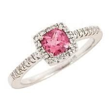 pink wedding rings I want this one day!!!