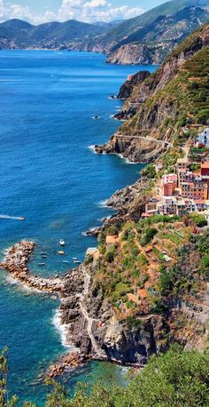 The village of Riomaggiore on the Cinque Terre coast of Liguria, Italy • photo: John Monster on 500px