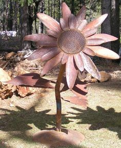 Old Iron Art- Flowers, metal sculptures of flowers