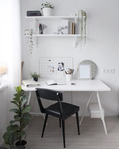 white desk designs for minimalist home office 17 < Home design Ideas< queenc. Home Office Organization, Home Office Desks, Home Office Furniture, Organization Ideas, Minimalist Bedroom, Minimalist Home, Ikea Interior, Interior Design, Interior Plants