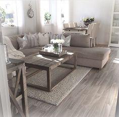 https://i.pinimg.com/236x/25/fb/c1/25fbc1b63a472ff6c01d1bb442649e22--living-room-ideas-living-rooms.jpg