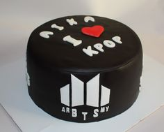 New cake birthday ideas bts Ideas Bts Happy Birthday, Birthday Cake, Birthday Ideas, Paper Cake, Cake Art, Bts Cake, Christmas Cake Pops, Bts Birthdays, Birthday Chocolates
