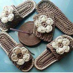 Original pattern Here: crochet Crochet T Shirts, Knitted Slippers, Crochet Slippers, Crochet Clothes, Love Crochet, Diy Crochet, Crochet Crafts, Crochet Projects, Crochet Flip Flops