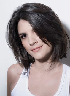 Lobs, in other words, long bob hairstyles are one of the most preferred haircuts for women all around the world. Many celebrities adopted this hairstyle and we. Hair For Round Face Shape, Short Hair Cuts For Round Faces, Round Face Haircuts, Hairstyles For Round Faces, Hairstyles Haircuts, Short Haircuts, Latest Hairstyles, Bride Hairstyles, Hairstyle Ideas