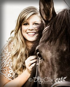 Senior girl, photography, senior girl poses, girl poses, horses, equestrian photos, equestrian, photography poses, DigiClix Photography, equine photography, senior with horse