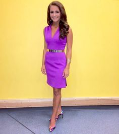 4. Hannah Robison, Miss Tennessee 2015 | Hannah Robison, Miss Tennessee 2015, was bright and stylish in her Miss America interview dress. She chose a gorgeous purple color with a sleek, gold belt that added interest and maturity to her look.  Read more: http://thepageantplanet.com/top-5-pageant-interview-dresses-of-2015/#ixzz3yVc7sF91