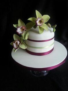 Sugar cymbidium Orchid Cake by La lavande Cake Boutique