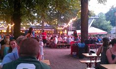 Destination tips at Running Routes: Berlin's Prater Garten is a lively beer garden that you shouldn't miss!