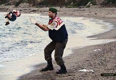 Archivio 4/9/15 #aylankurdi #segnalatestocazzo #satire #elviragerardi #art #humor #jesuischarlie #charliehebdo