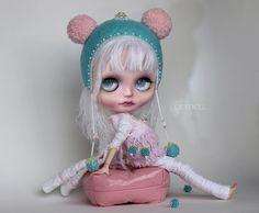 Lola (OlyDoll) Tags: art wool toy outfit body ooak helmet lola cotton mohair blythe artdoll blush custom pure oly neemo reroot olydoll olydolls