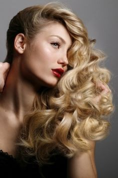 Loose Curls Hairstyles -