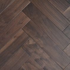 Hardwood Walnut Parquet Herringbone 18/4 x 90mm Engineered Wood Flooring