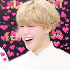 Find images and videos about love, bts and jimin on We Heart It - the app to get lost in what you love. Bts Jimin, Bts Taehyung, Foto Bts, K Pop, Bts Emoji, Bts Love, Heart Meme, Bts Meme Faces, Cute Love Memes