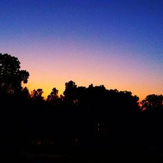 Pre 4th of July Fire Works Sunset #4thofjuly #sunset #sun #treeline #tree #interiordesign #decorator #iphone #iphone4 #iphoneography #pic #pics #pictures #photo #photos #photography #photographer #orange #blue #sky #skies #4th #july #summer