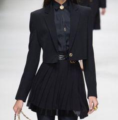 Kpop Fashion Outfits, Mode Outfits, 90s Fashion, Couture Fashion, Runway Fashion, Korean Fashion, Womens Fashion, Dark Fashion, High Fashion