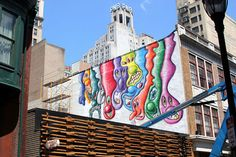 kenny scharf is a legendary graff and street artist. here's his latest mural in philly. graff artists have to constantly oerservere against an entrenched legal and political system that seeks to demonize their passion to create beauty and share their art and to shout socio-political messages to the people that governments and people in power don't want anyone to know :D #ill_threadz #streetwear