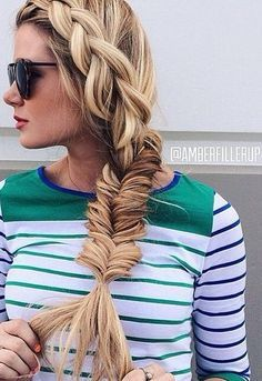 Various cool side braid ideas - very creative! Looking forward to testing some out. :D