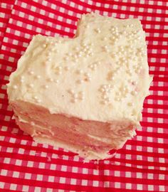 Boston Sweetie: Small Batch Baking - Mini Strawberry Cake