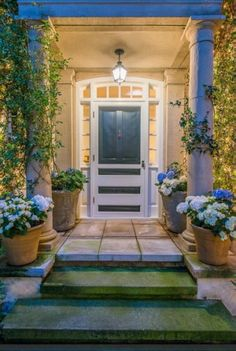 Photos: Jennifer Lawrence's new Beverly Hills home