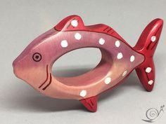 Spielzeug Ring Fisch Tropenfisch Spielzeug von GeorgiaWoodenToys