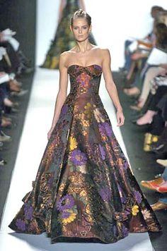 http://marglas0.tripod.com/images-modern-m-n-o.html/oscar-floral-gown-rnwy-1.jpg