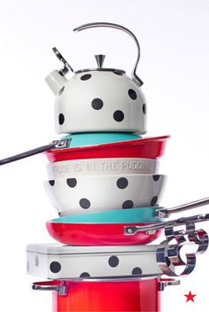 Are these kate spade new york mixing bowls & kitchen accessories the perfect gift? The proof is in the pudding.